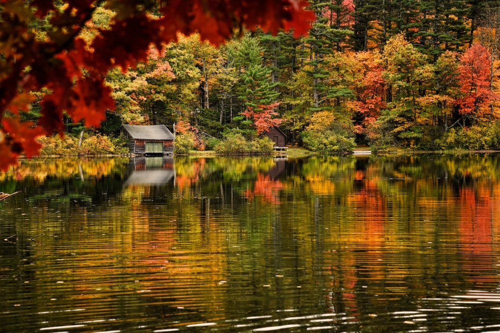 With stunning fall foliage like this, is it any wonder when the best time to visit New Hampshire is?